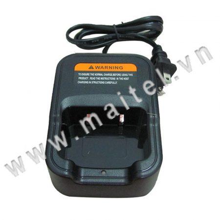 Sạc máy bộ đàm cầm tay Motorola CP 1100H